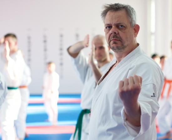 karate-brno-mladez-dospeli-dospeli3